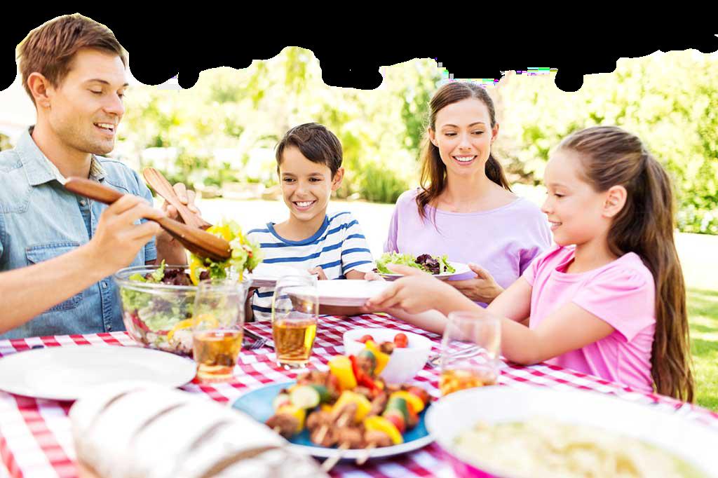 Family Eating Outside Why Having Family Meal...